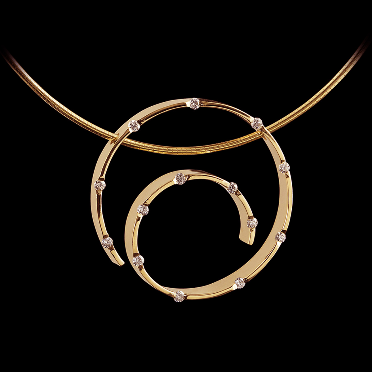 Spirale Diamond Pendant Yellow Gold