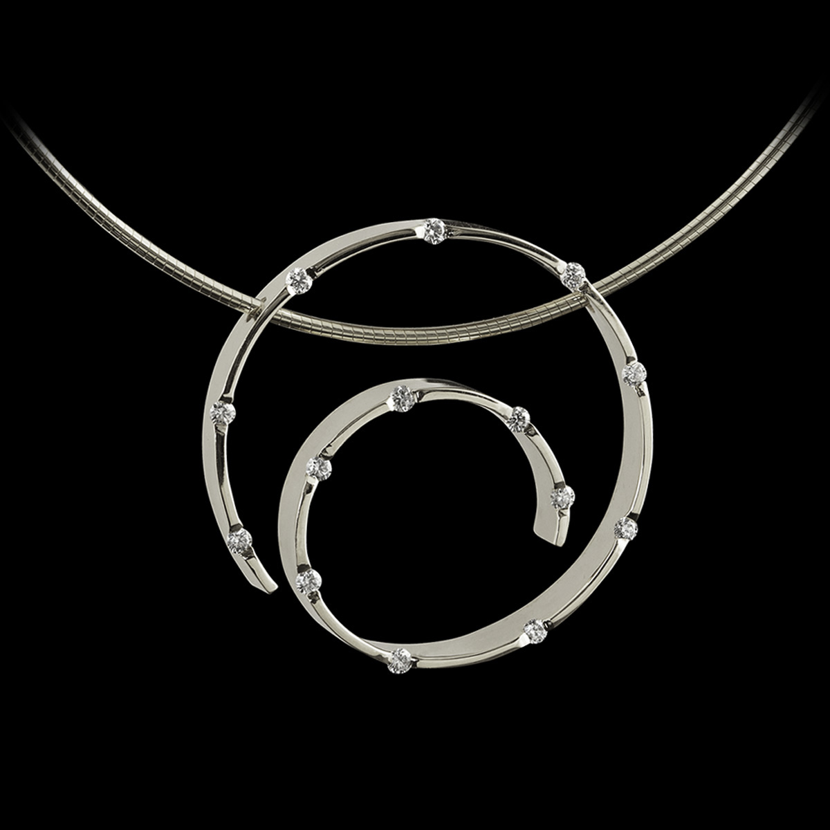 Spirale Diamond Pendant White Gold