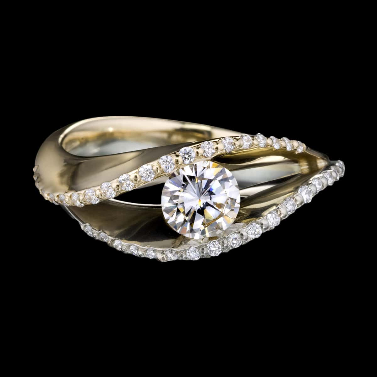 Covet duo diamond pavé ring engagement