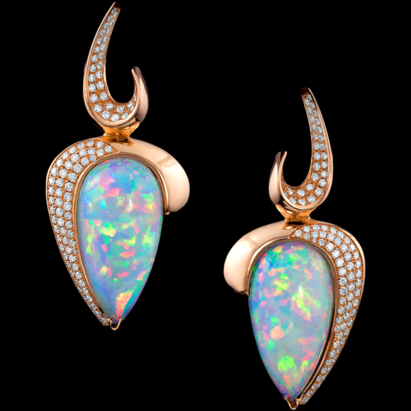 Nefertitis Flame Earrings