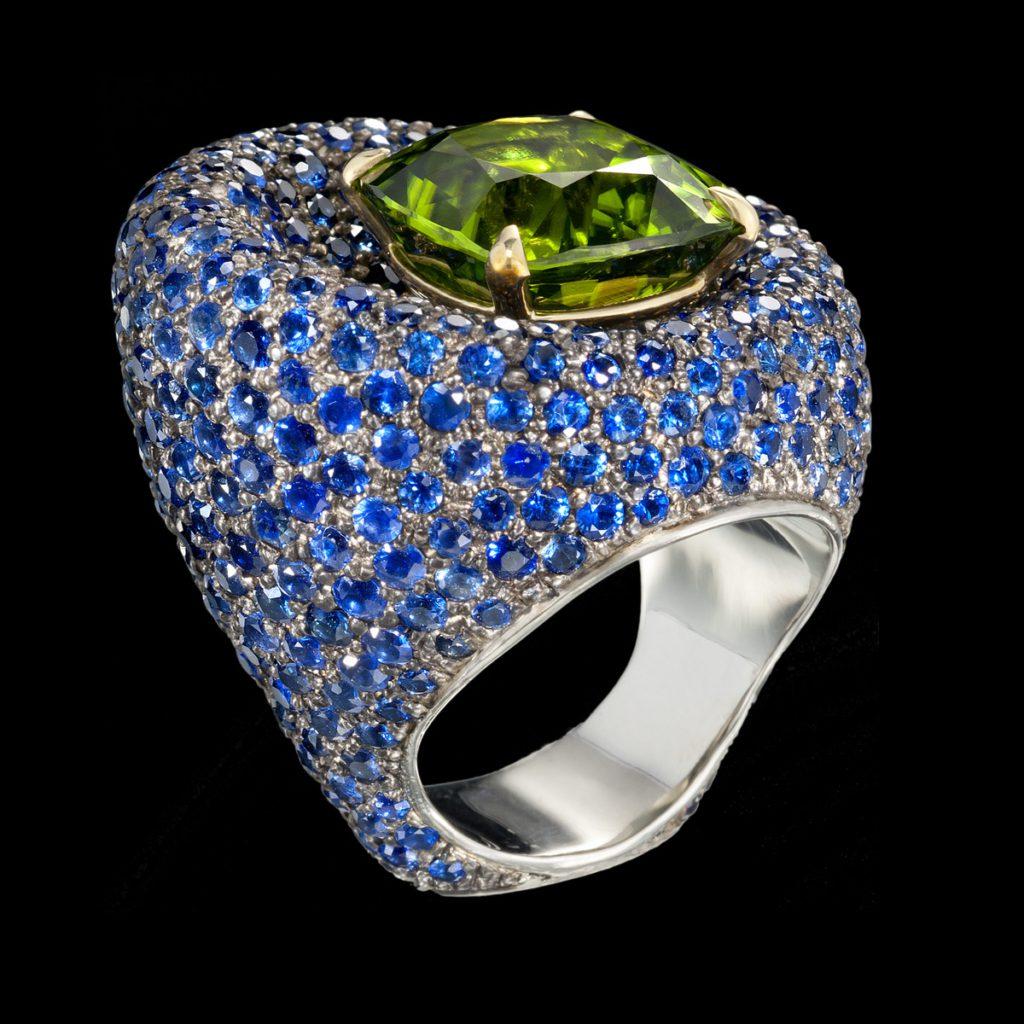di lusso peridot ring