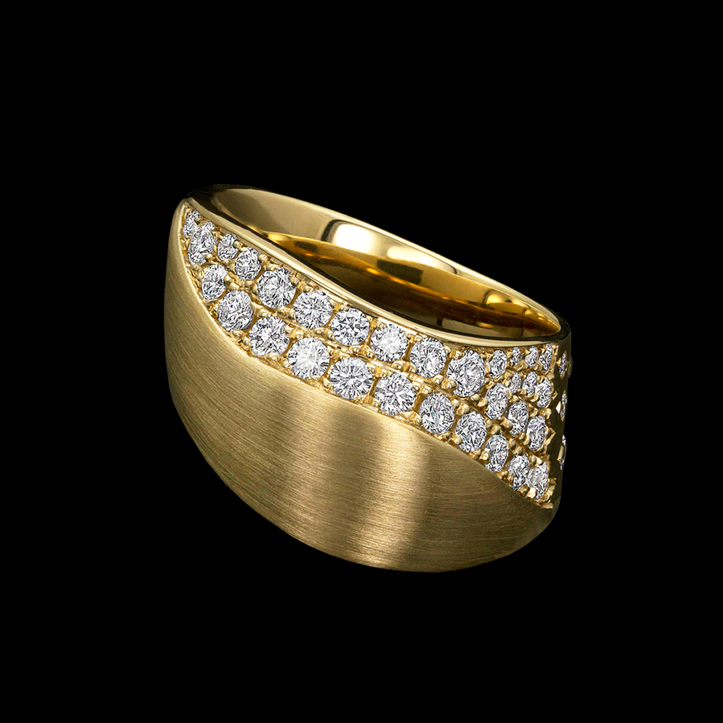 Dune Diamond Ring in Yellow Gold
